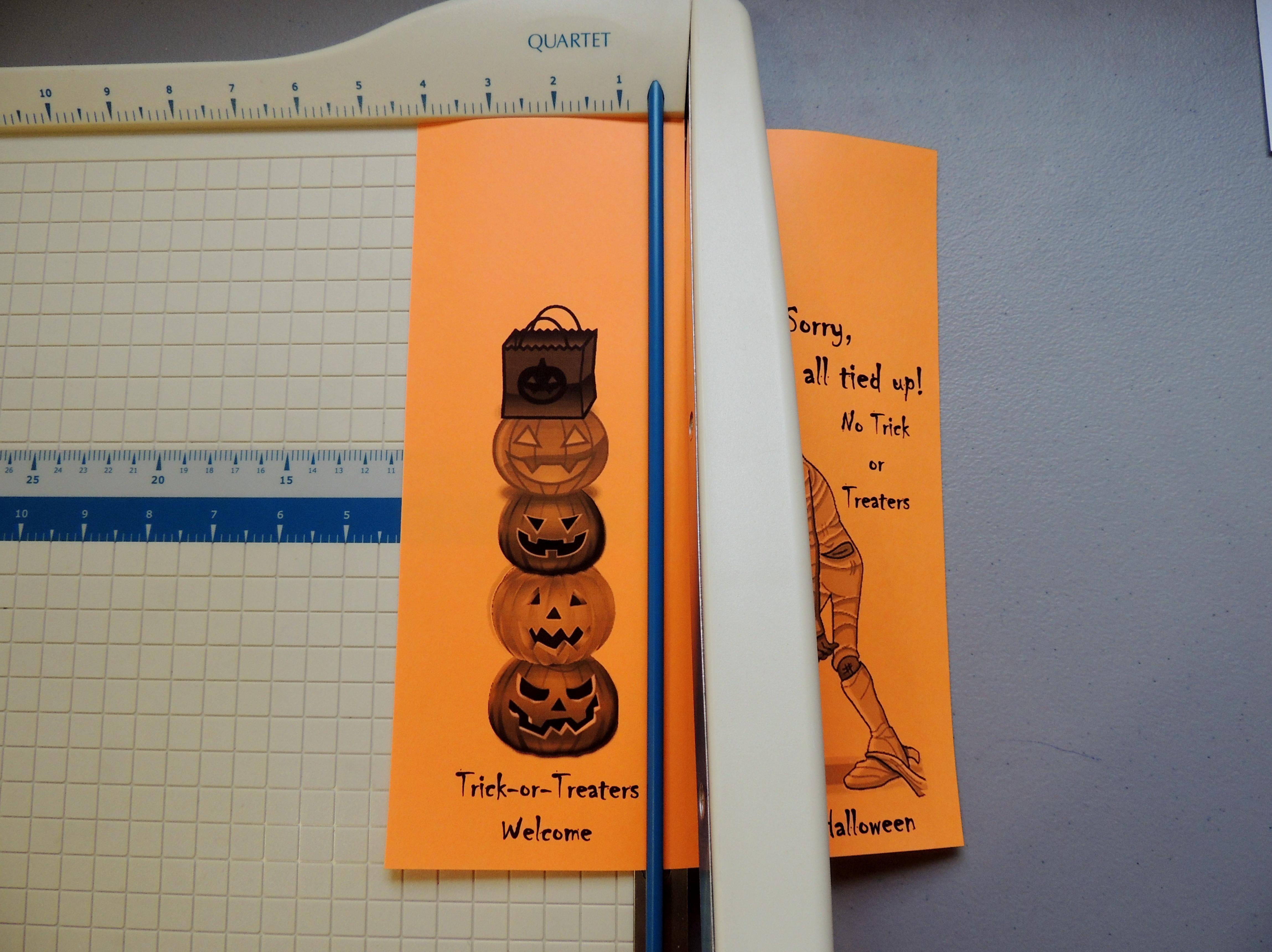 Free Printable Halloween Door Hanger For Your Apartment Community - Halloween Door Hangers Free Printable
