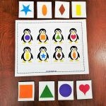 Keywords: Matching,activities,shapes,penguin,animals,toddler,free   Free Printable Folder Games