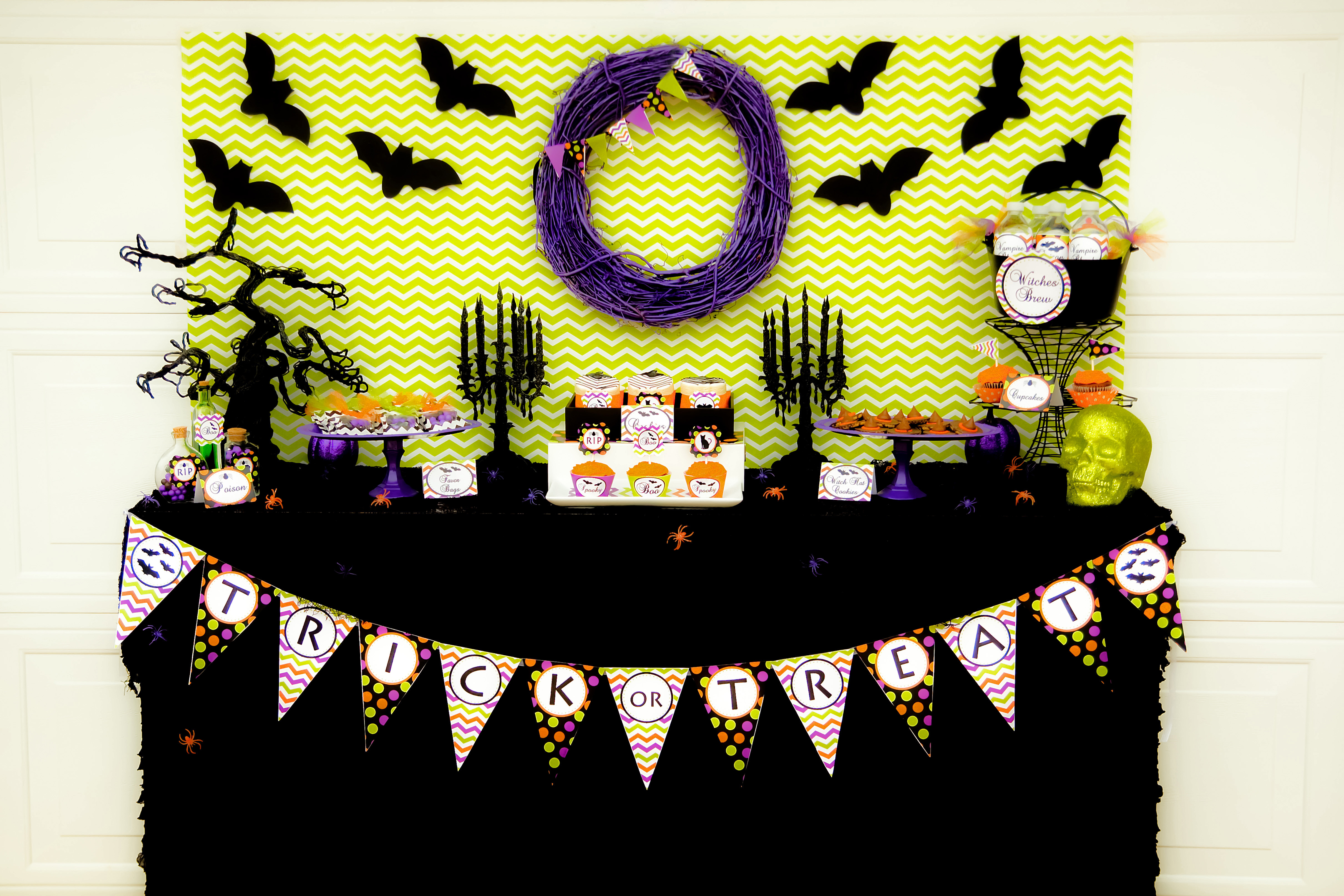 Spooktacular Halloween Party! - Free Printable Halloween Party Decorations